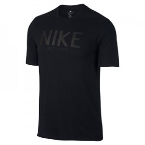 Nike Sportswear Est 1972 T-Shirt – Black All items