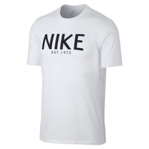 Nike Sportswear Est 1972 T-Shirt – White All items