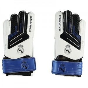 Real Madrid Crest Goalkeeper Gloves – Small All items